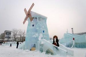 Ледовый городок в Перми (мельница)